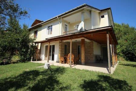 DOĞADA BİR VİLLA Yalova Hacımehmet Köyü - Yalova Merkez - Villa