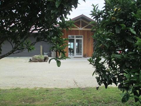 Onaero orchard eHaus B&B
