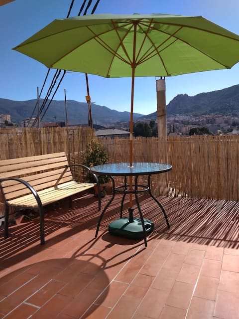 Attic with terrace in the heart of Alcoy