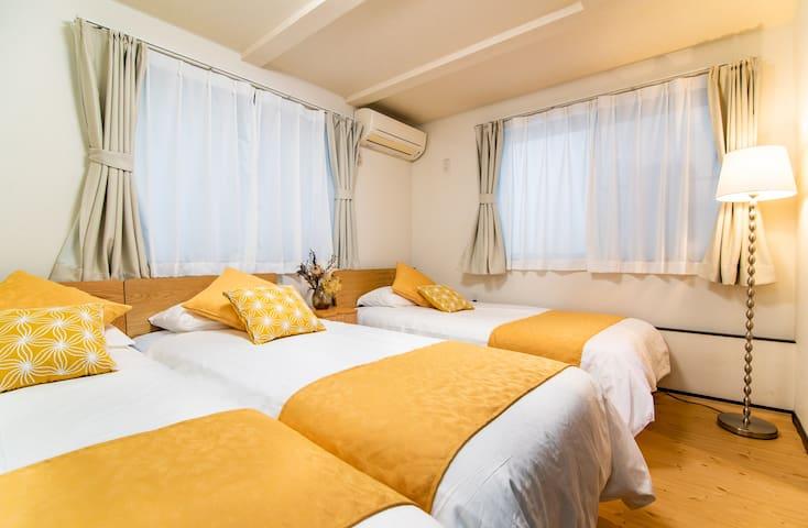 Bedroom(1F)