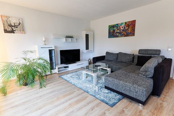 Moderne 3 Zimmer Wohnung, gute Lage