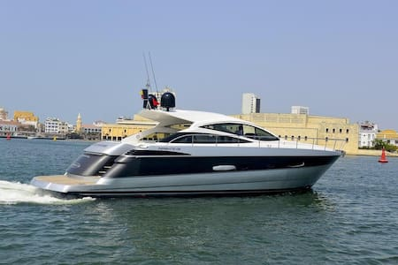 56ft Pershing Yacht - Rent a Yacht for a day! - Carthagène