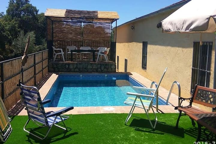 Villa with 4 bedrooms in Cáceres, with private pool and enclosed garden