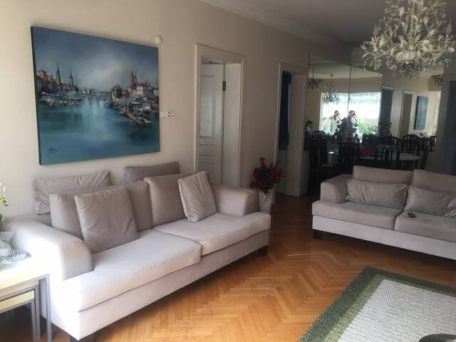 Modern apartment in the Best and trendy Location
