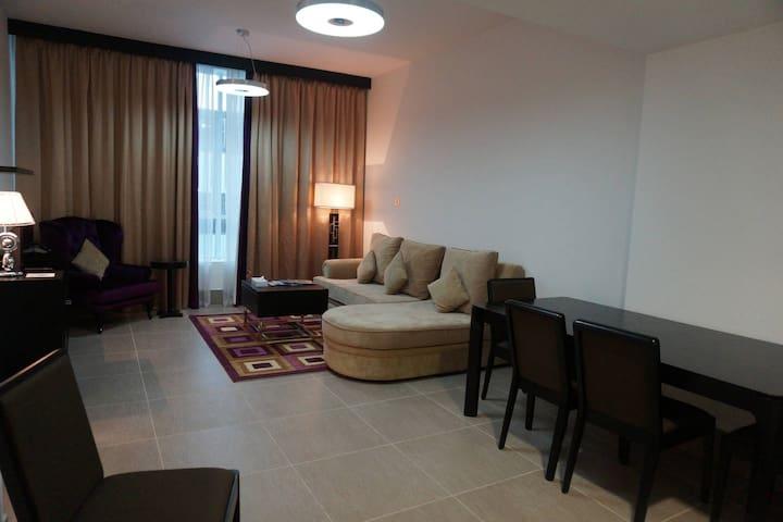 1BR-Central Location Apartment in AbuDhabi! (Q-B)