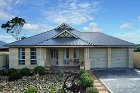 Normy Living - Normanville