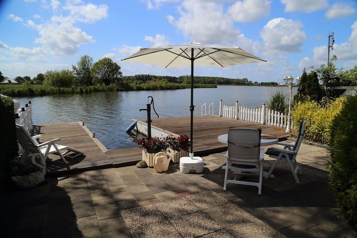 Ijsselmeer - Traumblick auf's Wasser - Wervershoof - Blockhütte