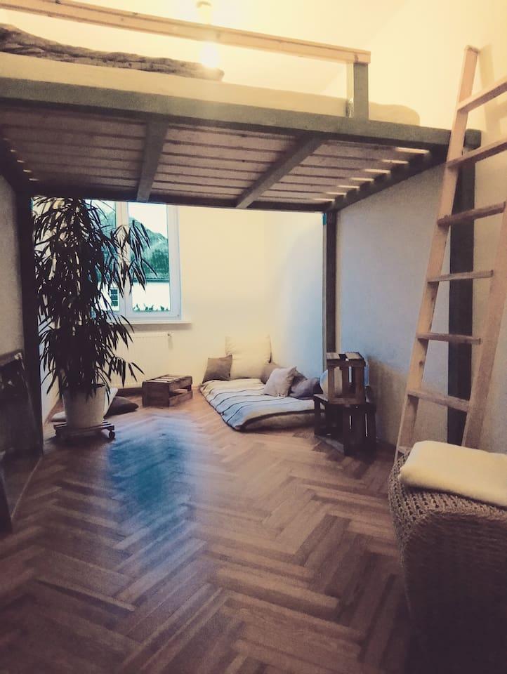 Gästezimmer mit Hochbett 140x200