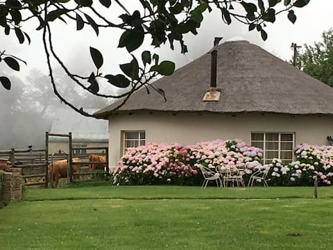 Glenfinlas guest cottage - ideal R67 stopover