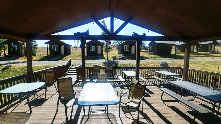 Grand Mesa RV - Wolf Cabin - Queen - Sleeps 2
