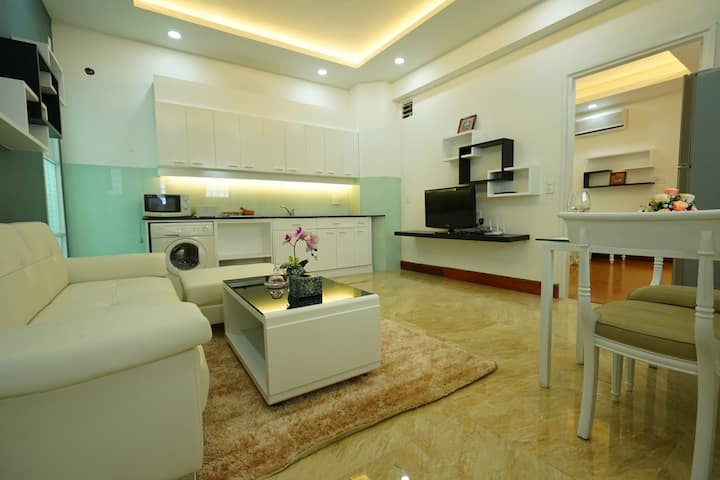 1BR-A luxury apartment in Saigon, near Notre Dame