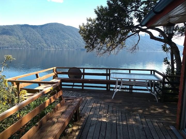 Cabaña orillas Lago Caburgua