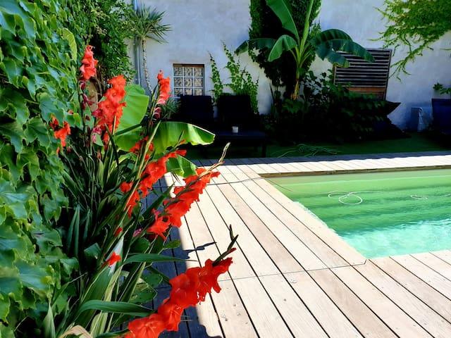 Maison à 5m d' Albi piscine chauffée pr 6 pers
