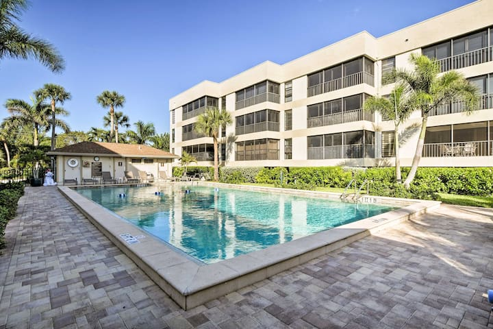 Luxury Sanibel Condo w/Ocean View - Steps to Beach