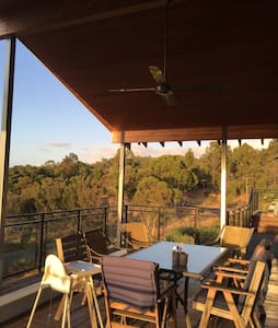 City views - luxury in Perth Hills - Gooseberry Hill - House - 2