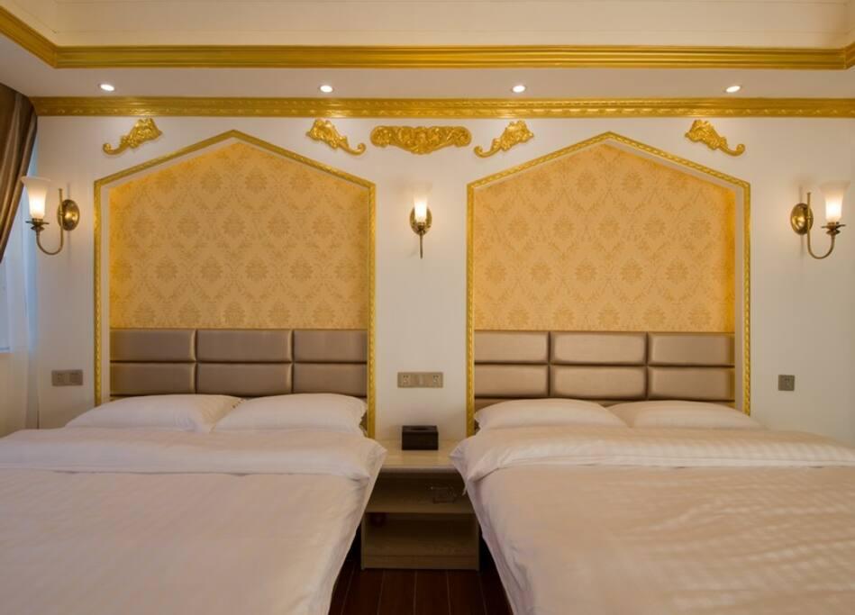巴黎风情双床房
