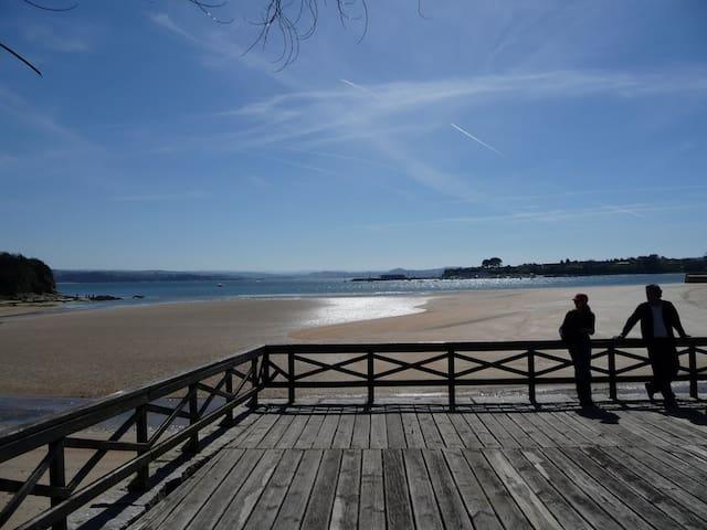 Espectacular ático en Ares, alquiler en la playa - Ares - Apartamento
