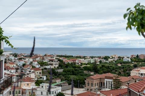 Balcony to Karlovasi