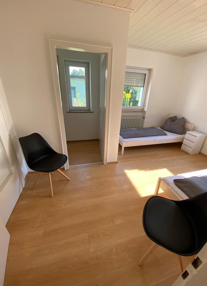 The City Room  2 Bett Apartment mit eigenem Bad/WC