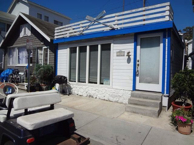 Sunny California beach cottage. - Avalon - Talo