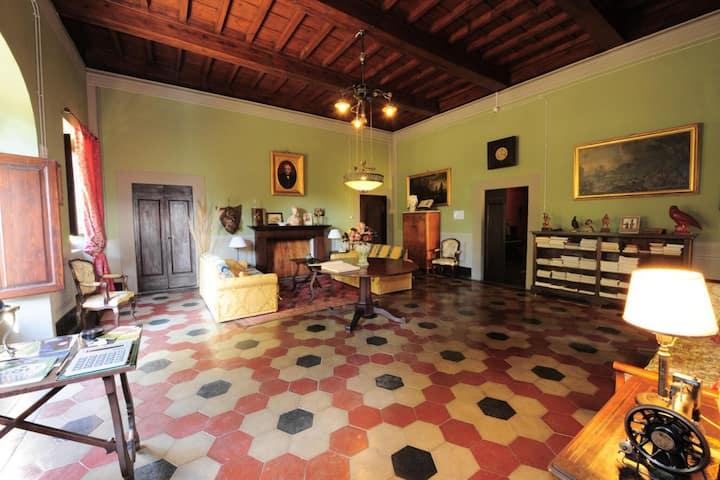 Historic Villa in Rignano Sull'Arno-FI with Swimming Pool