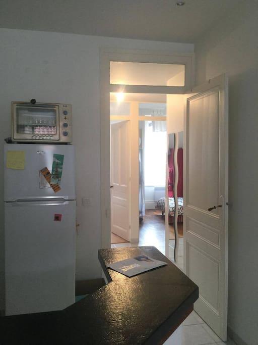 Bar + Couloir menant aux chambres