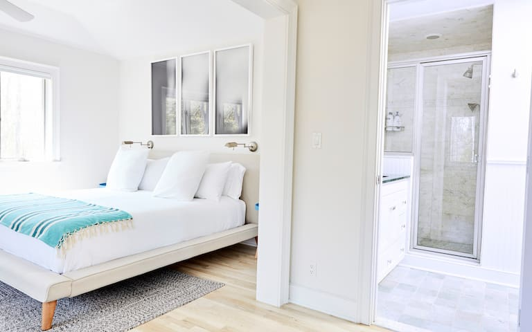 Master bedroom (king bed) + en suite marble bath with walk-in shower