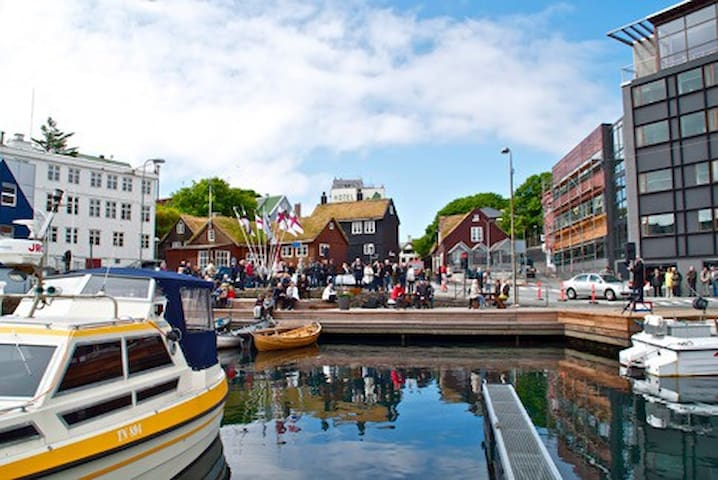 Penthouse in the heart of Tórshavn - Tórshavn - Apartment