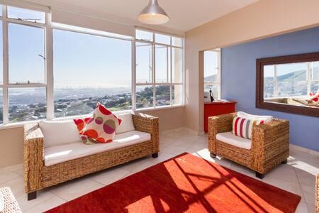 Stunning apartment with breathtaking views - ケープタウン - アパート