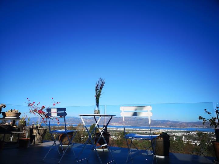 【苍山·星空·海】360度苍山洱海全景,私家大露台,星空阁楼,家庭亲子,自驾停车,近大理古城