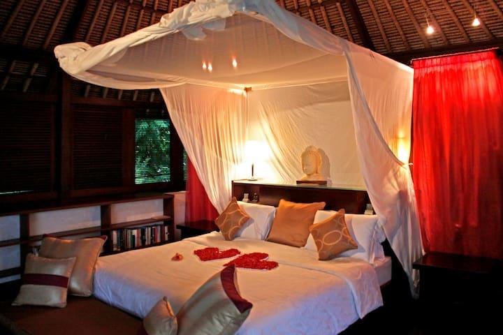 The Lotus Pavilion - Abiansemal - Villa