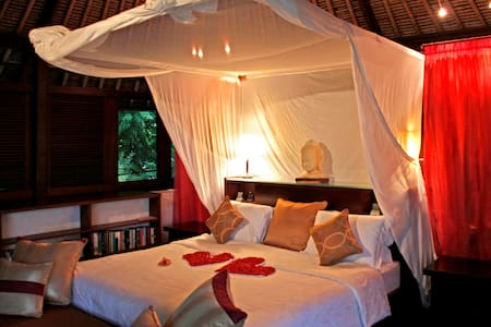 The Lotus Pavilion - Abiansemal - Casa de camp