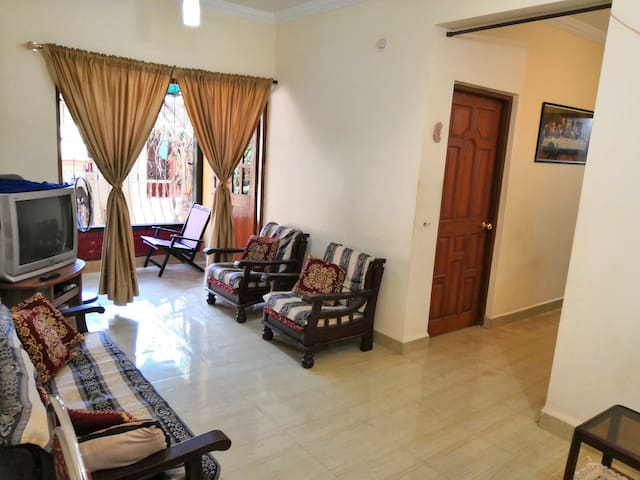 Cosy furnished home in Goa. Mapusa - Calangute.