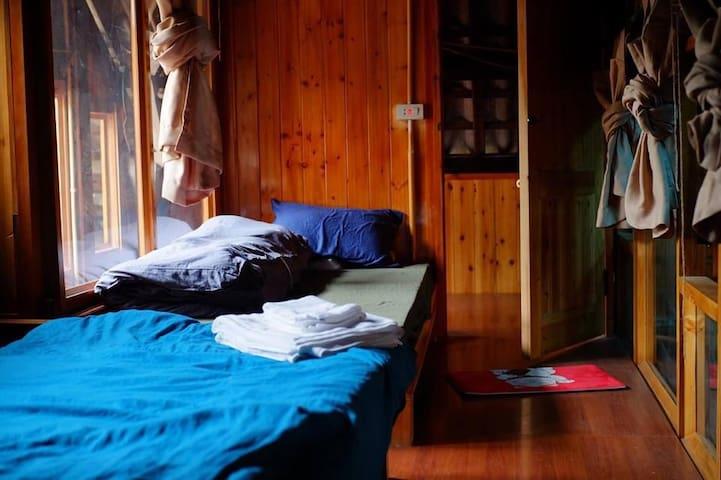 Wooden Ta Van 1- SaPa-CHill