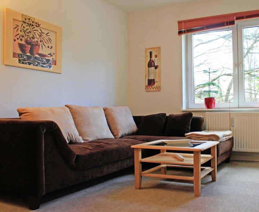 sch ne wohnung zentral in hamburg wohnungen zur miete in. Black Bedroom Furniture Sets. Home Design Ideas