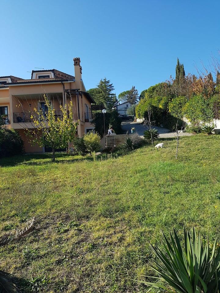 Appartamento indipendente in villa bifamiliare