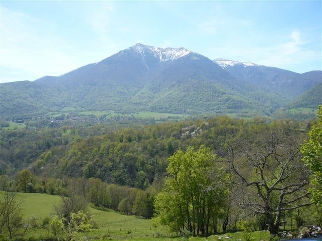 Plein sud face à la montagne - Haute-Garonne - Rumah