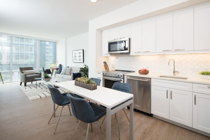 Luxury 2BR in NoMa