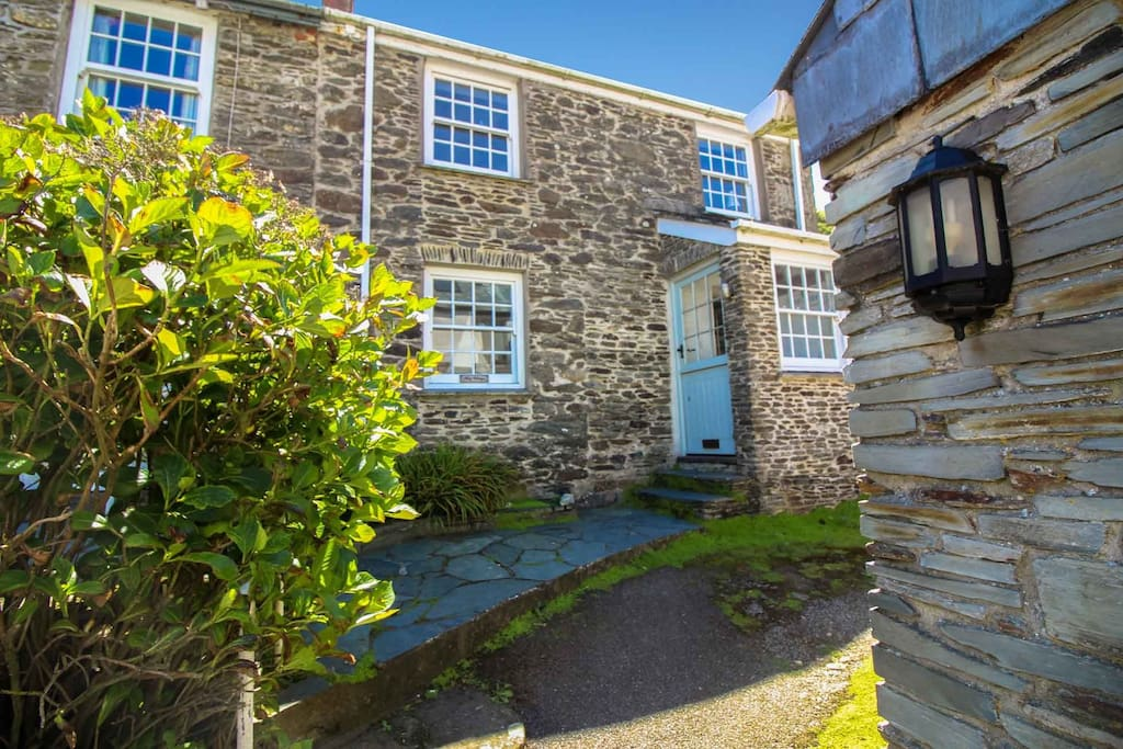 of bay gb gallery property cottage hotel portloe prices updated image en looe holiday this cottages