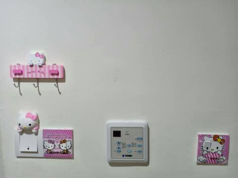 Hello Kitty Homestay Seri Alam