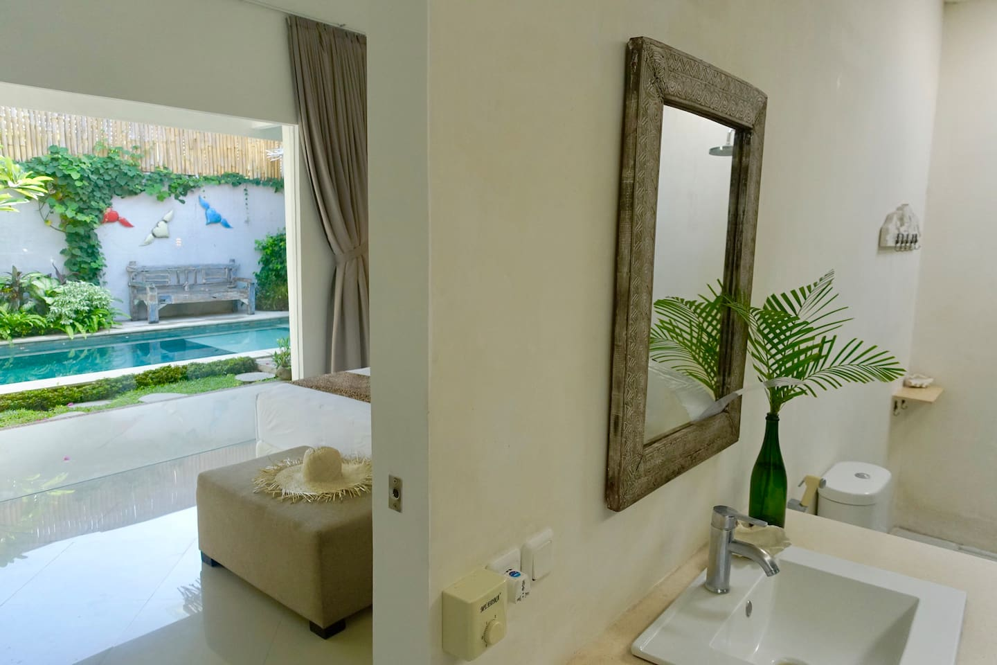 Meuble Salle De Bain Bath And Kitchen ~ Lux King Room Ac Smart Tv Wifi Walk To Beach Villas Louer