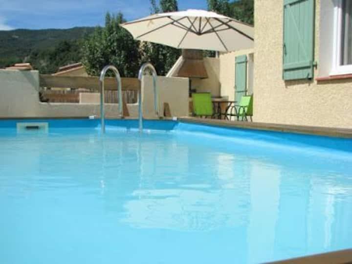 Maison avec piscine pour vacances, cure thermale