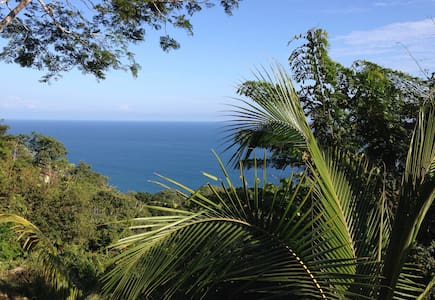 ** 25% off Montezuma Ocean View: Relaxed Luxury