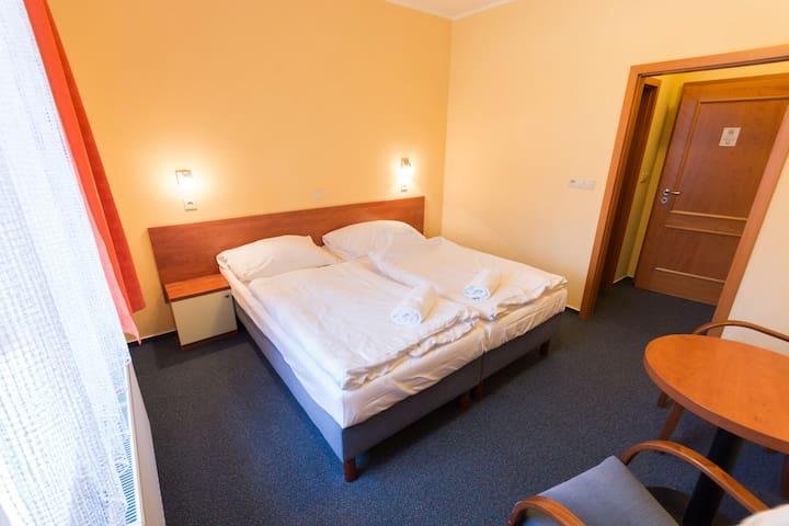 2 lůžka v rodinném hotelu Na Kocandě v obci Želiv
