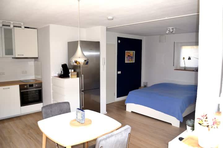 Ferienwohnung Zaunkönig, (Beuren), Ferienwohnung mit 35qm, 1 Wohn-/Schlafzimmer, max. 2 Personen