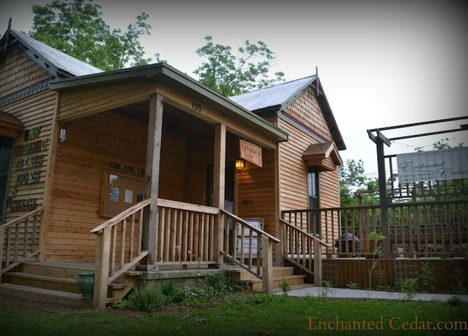 Enchanted Cedar-15 min from Baylor - Lorena - Casa