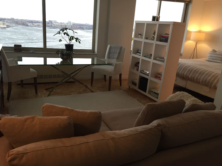 Luxury Studio On The Hudson River Apartments For Rent In New York New York