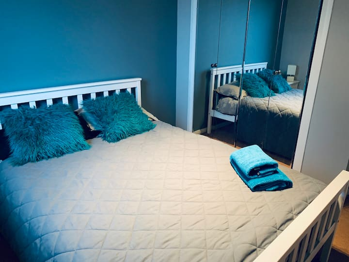 Cosy double room with Wifi and parking.