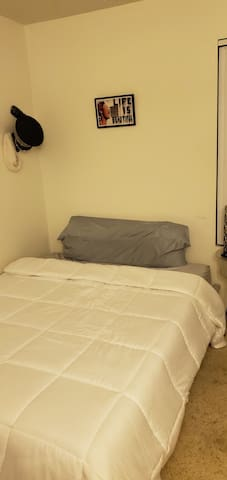 Cozy little room right in the middle of Upland!