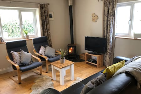 Gorgeous cottage in rural W Dorset